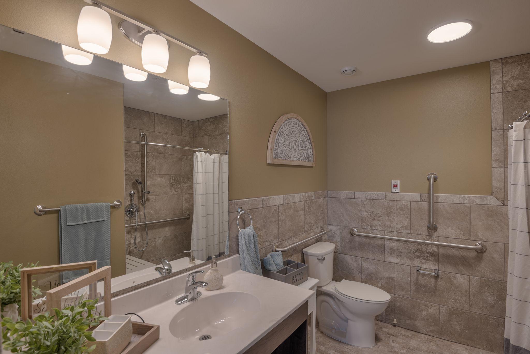 bathroom 2-min