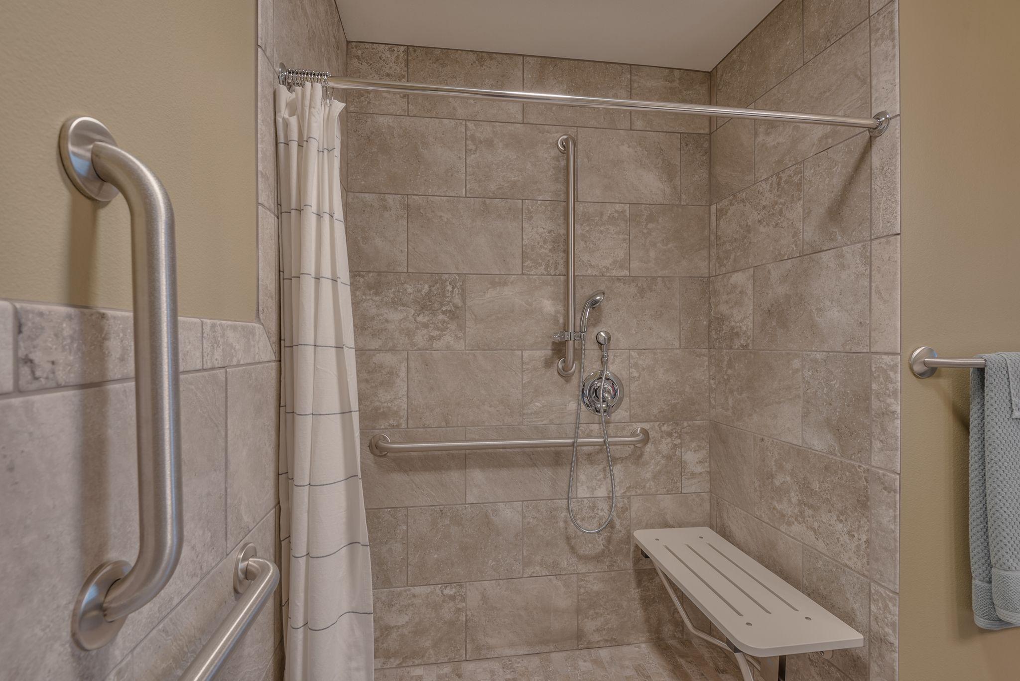 shower-min